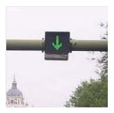 Luz verde en forma de flecha