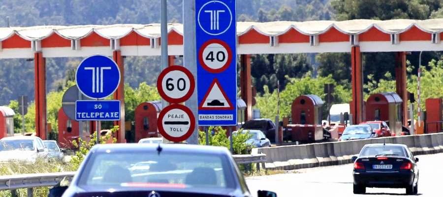 en la mayoria de autopistas hay peajes