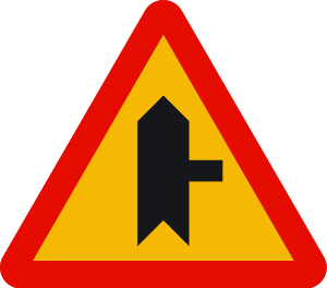 señal de obras TP-1a intersección con prioridad sobre vía a la derecha